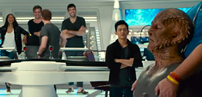 New STAR TREK BEYOND Outtakes Reveal First Look At New Alien