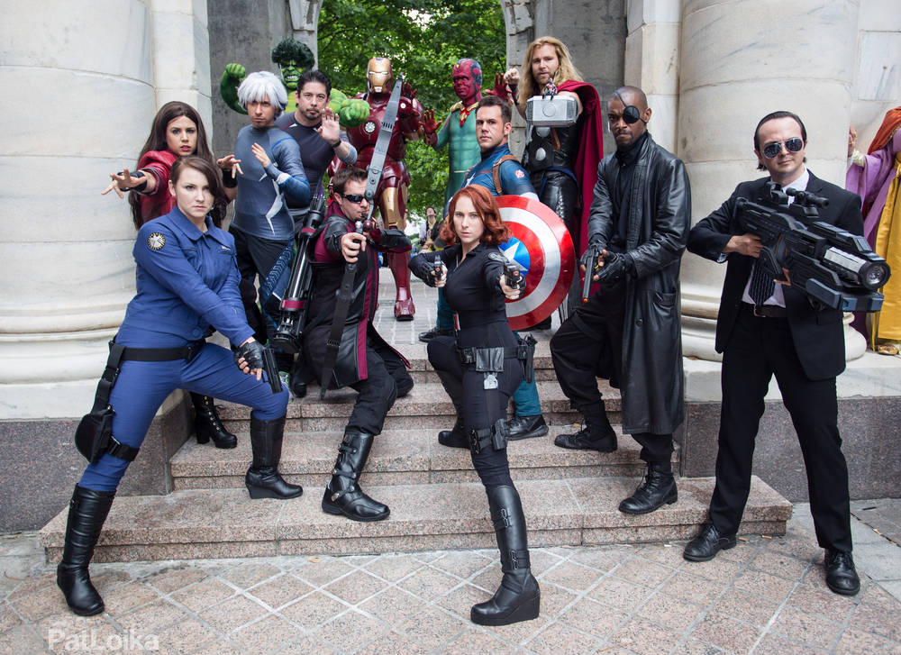 Check Out Dragoncon S Avengers Gathering Photoshoot