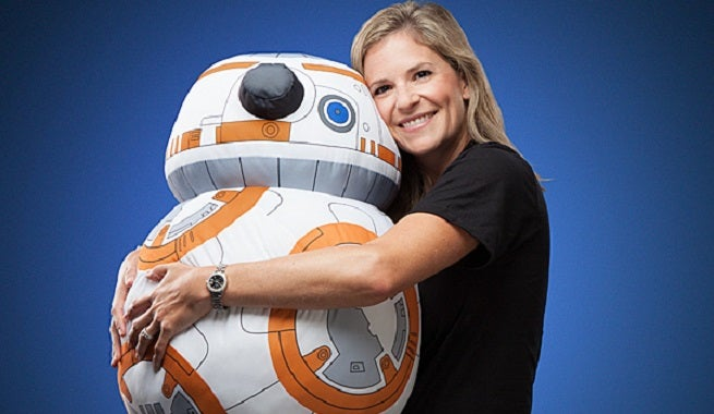 http://media.comicbook.com/2015/09/irgh-life-size-bb-8-plush-cuddle-152761.jpg