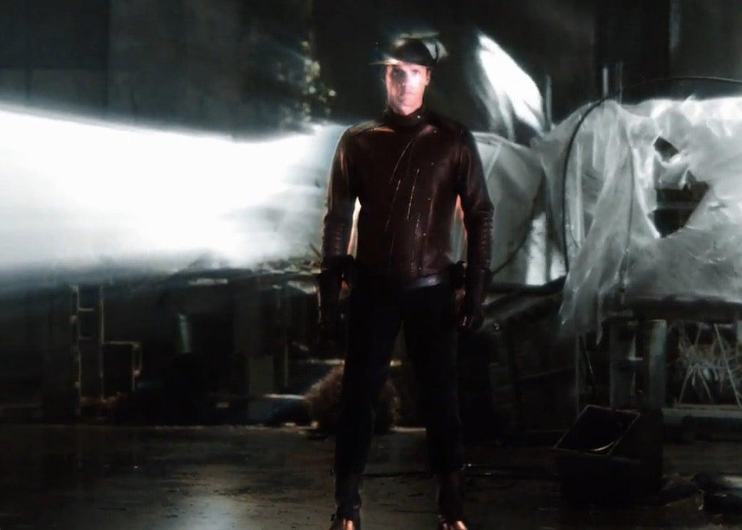 The Flash Season 2: New Look At Jay Garrick In Costume