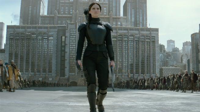 Hunger Games, Good Dinosaur, & Creed Take Top 3 Spots At Holiday Weekend Box Office