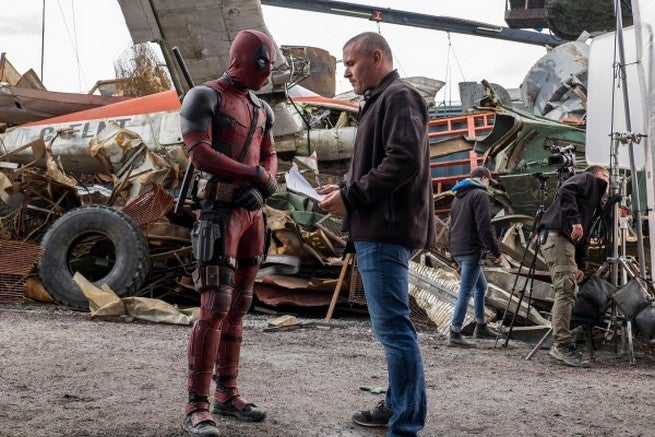 ryan-reynolds-tim-miller-deadpool-movie-image-600x400