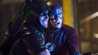 the-flash-arrow-crossover-photos-header