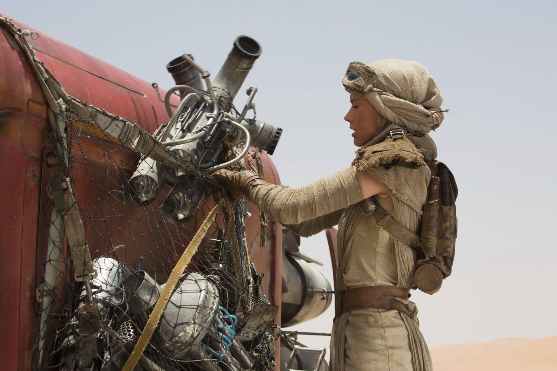 star-wars-tfa-hi-res-rey-speeder