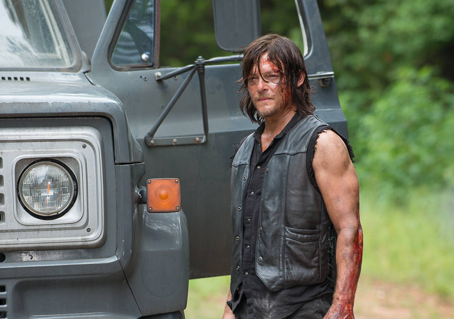 the-walking-dead-episode-609-daryl-reedus-9351