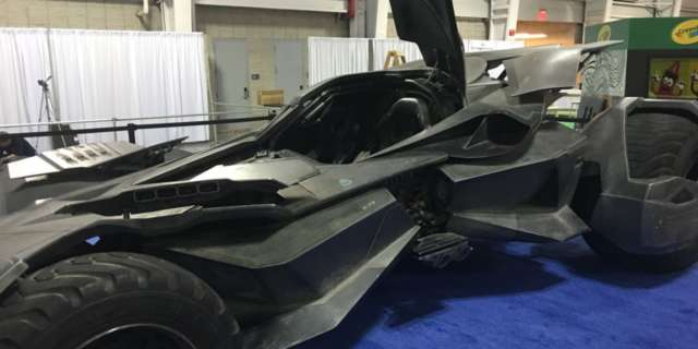 bvs-batmobile-2107