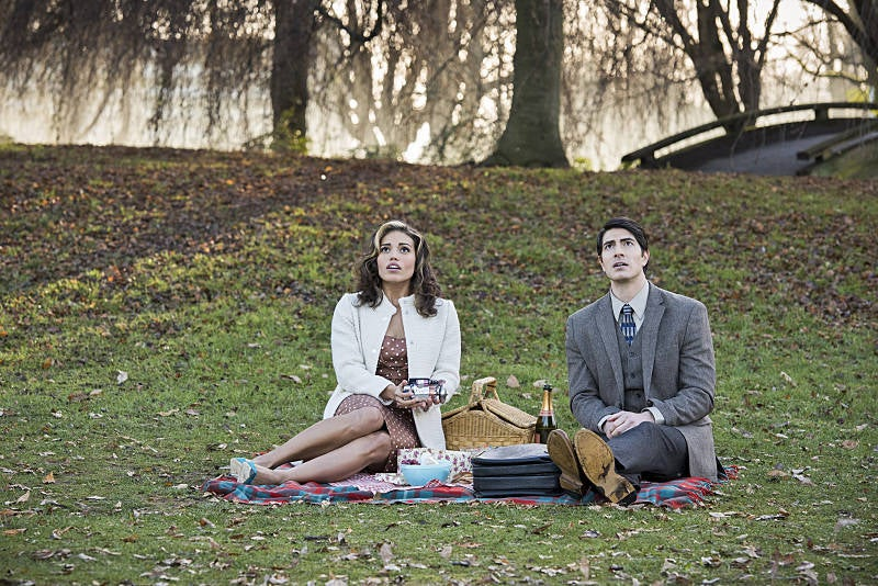 """Ciara Renée and Brandon Routh as Kendra Saunders """"Hawkgirl"""" and Ray Palmer """"Atom"""" in Legends of Tomorrow """"Left Behind"""""""