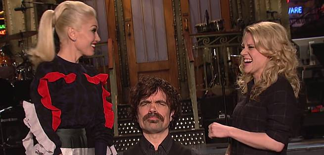 Saturday Night Live: Peter Dinklage Gets Asked The Jon Snow Question