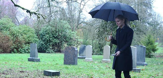 Once Upon A Time: Last Rites Stills Reveal A Funeral