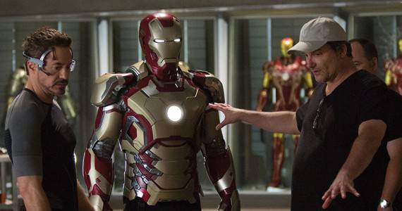 Robert-Downey-Jr-Shane-Black-Iron-Man-3-Official-Set-Photo-from-Marvel