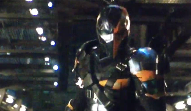 & Justice Leagueu0027s Deathstroke: Breaking Down His Costume