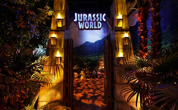 New Jurassic World Exhibit To Feature Life-Size Dinosaurs
