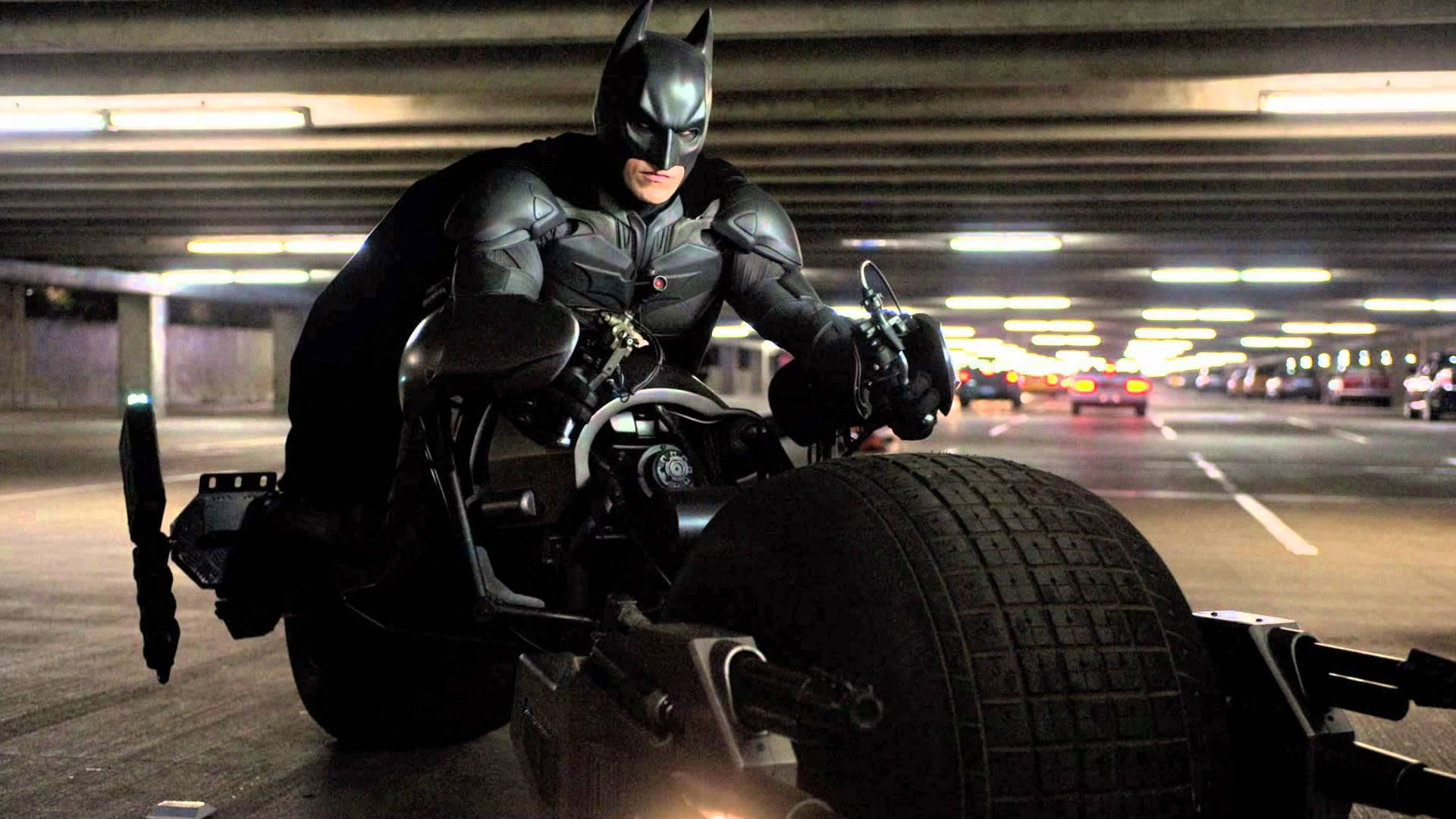 Best Buy Private Auction >> Christian Bale Batman Suit Sells For Small Fortune