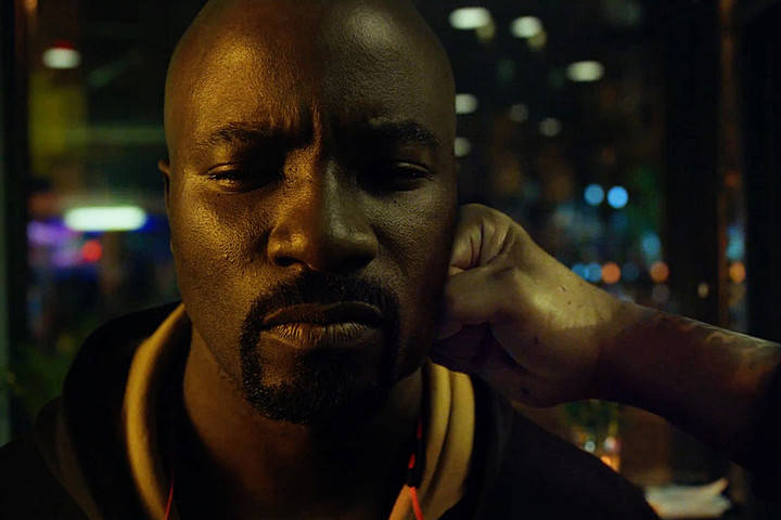 luke-cage-hand-first clip