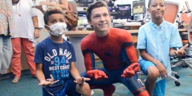 tom-holland-spider-man-homecoming-childrens-hospital