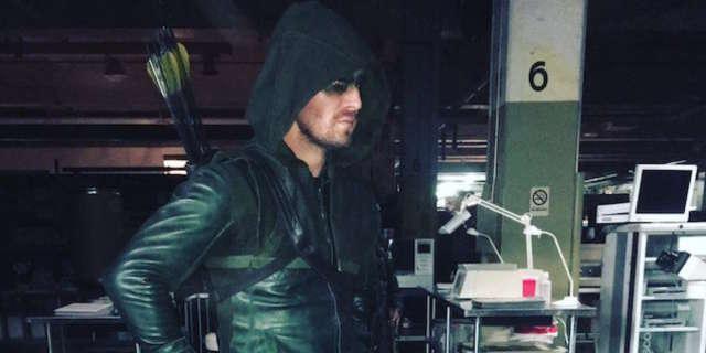 Arrow-Season-1-costume