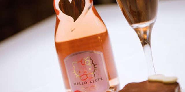 hello-kitty-wine