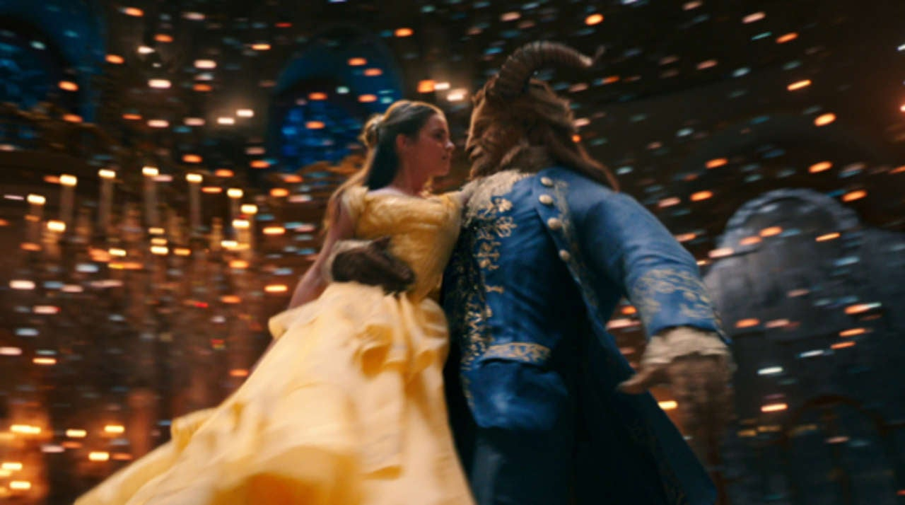 「beauty and the beast 2017」の画像検索結果