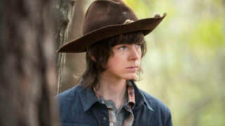 chandler-riggs-as-carl-grimes-on-the-walking-dead