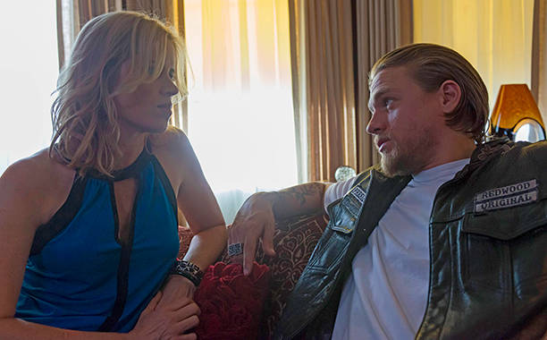 sons of anarchy star wants to return for mayans mc spinoff