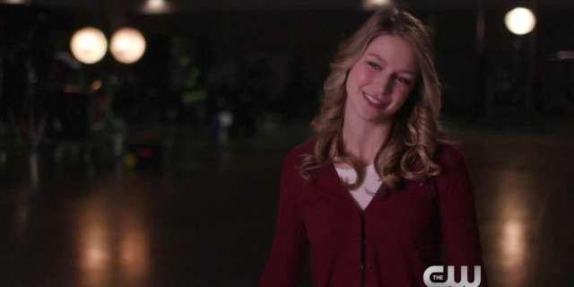 Supergirl (Season 2) - Supergirl: Heroes v Aliens - Melissa Benoist Interview - The CW [HD] screen capture
