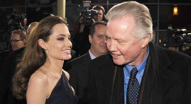 Angelina Jolie Has Dinner With Estranged Father Jon Voight
