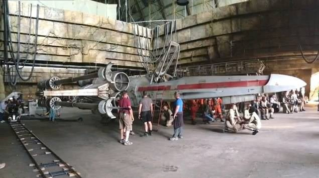 rogue-one-x-wing-bts