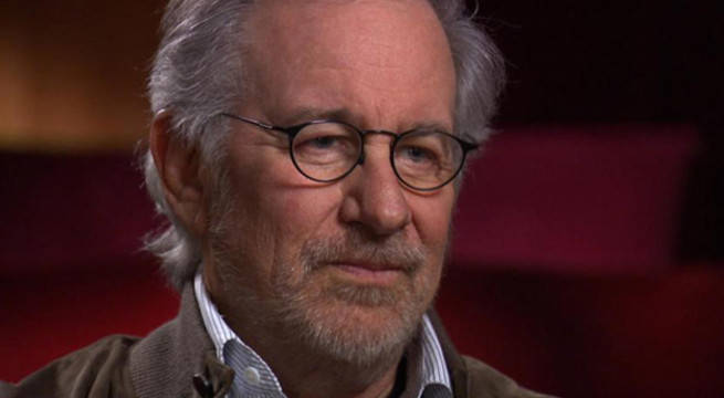 Steven Spielberg Responds to Natalie Portman's Best Directors Dig at Golden Globes