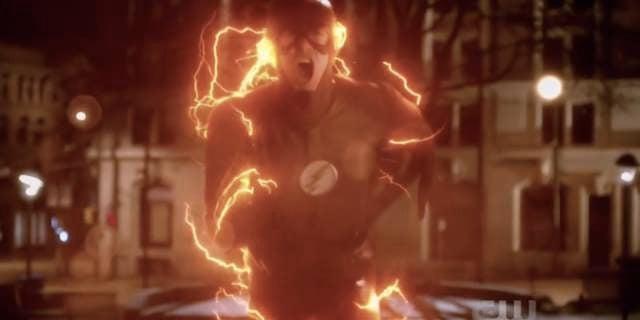 The-Flash-no-Savitar-kills-Iris-season-3-Infantino-Street