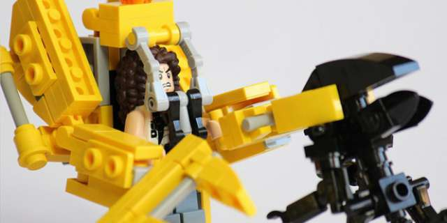 Aliens: How To Build Your Own LEGO Loader
