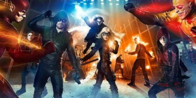 flash-arrow-legends-of-tomorrow-superhero-fight-club