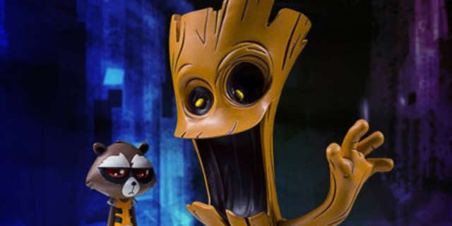 Gentle-Giant-Rocket-Groot-Statue