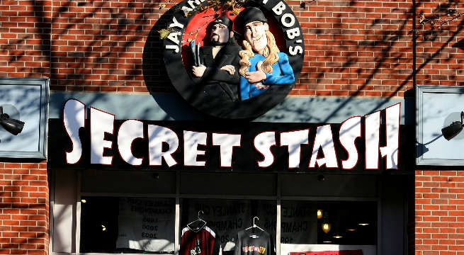 Kevin Smith Celebrates 20 Years Of Jay And Silent Bob's Secret Stash