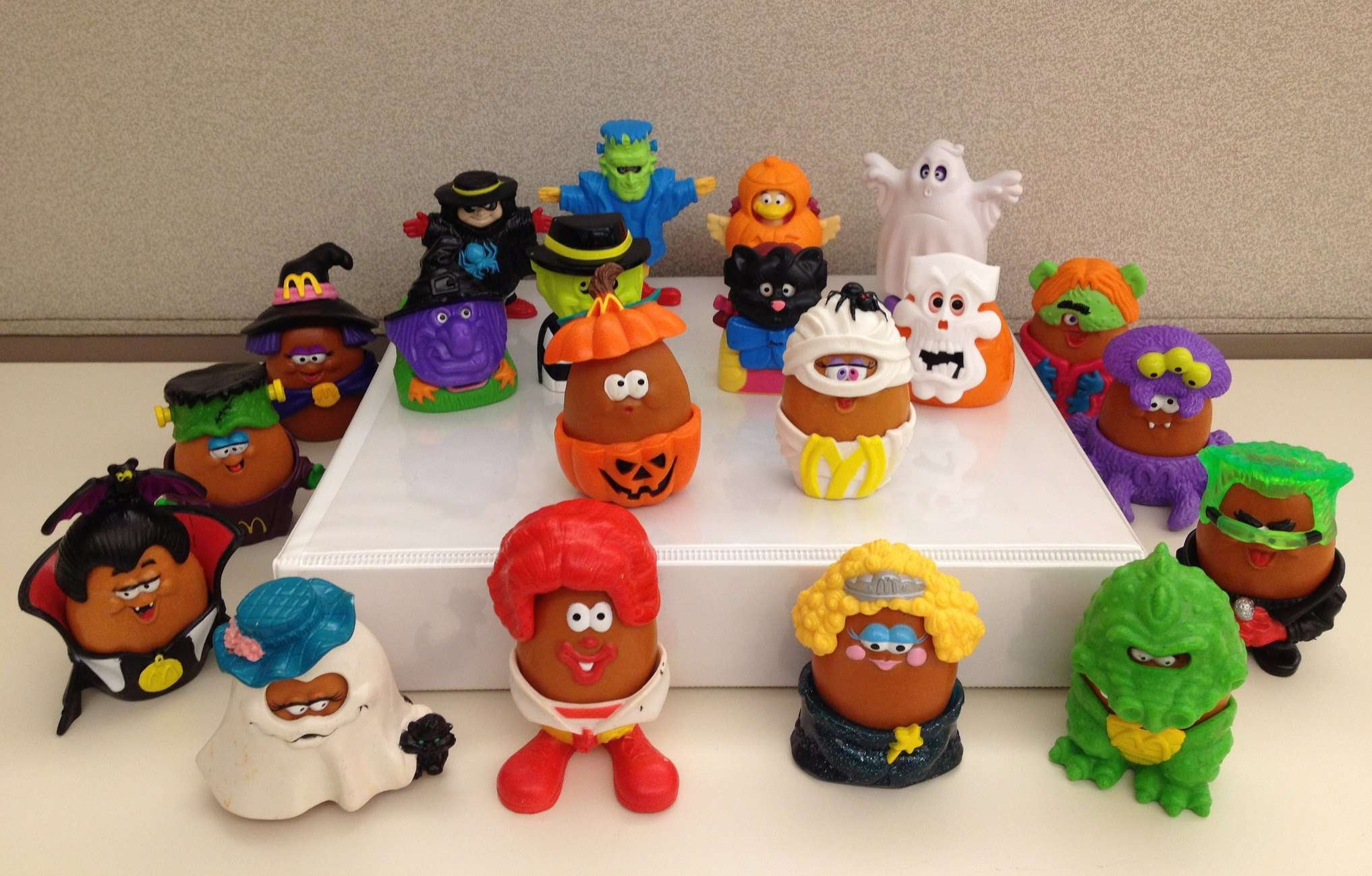 how much are mcdonalds happy meal toys