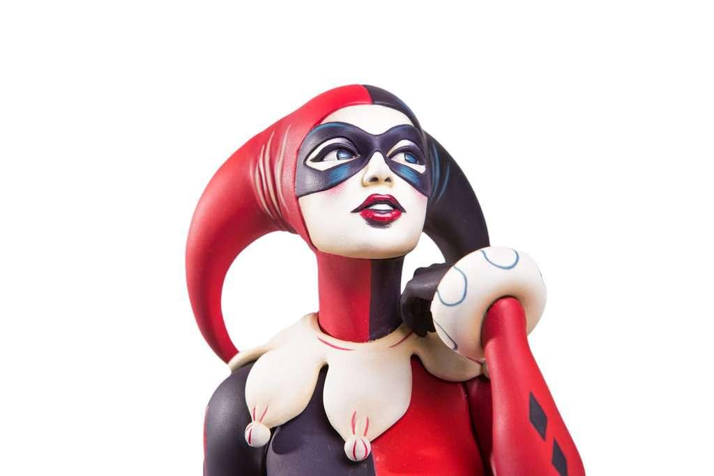 Mondo-Harley-Quinn-Statue-20