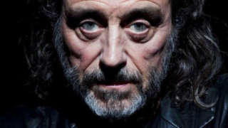 Ian McShane Tells Game Thrones Fans Get LIfe