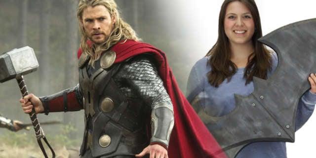 Thor-Mjolnir-Giant-Size-Batarang