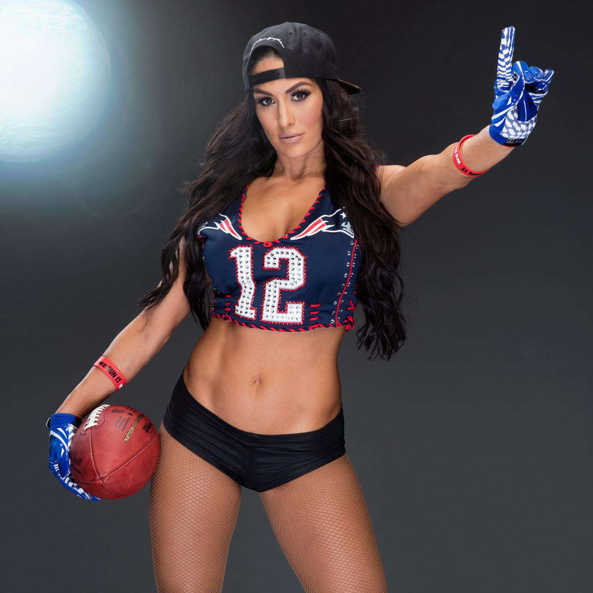 WWE-Nikki-Bella-Patriots