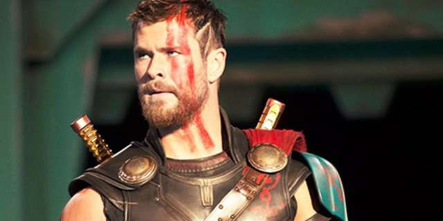Internet Reacts to First Thor 3 Ragnarok Photos