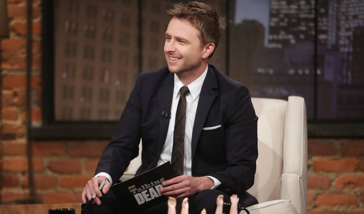 talking-dead-chris-hardwick-episode-517-1200x707