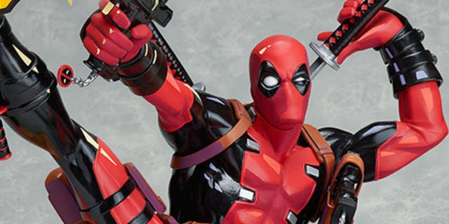 Deadpool-Breaking-The-Fourth-Wall-Good-Smile-Company-Statue-Header