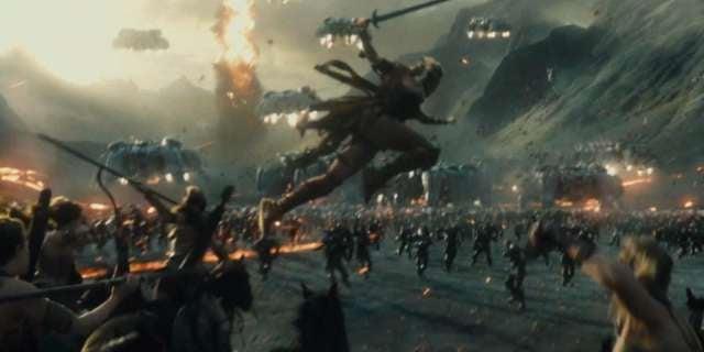Justice-League-Amazons-vs-Parademons