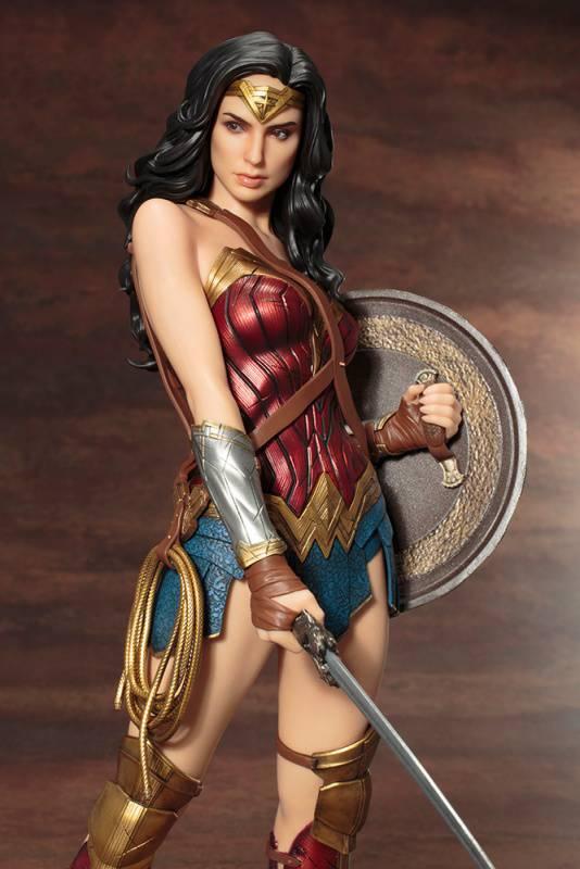 Kotobukiya-Wonder-Woman-Film-Statue-11