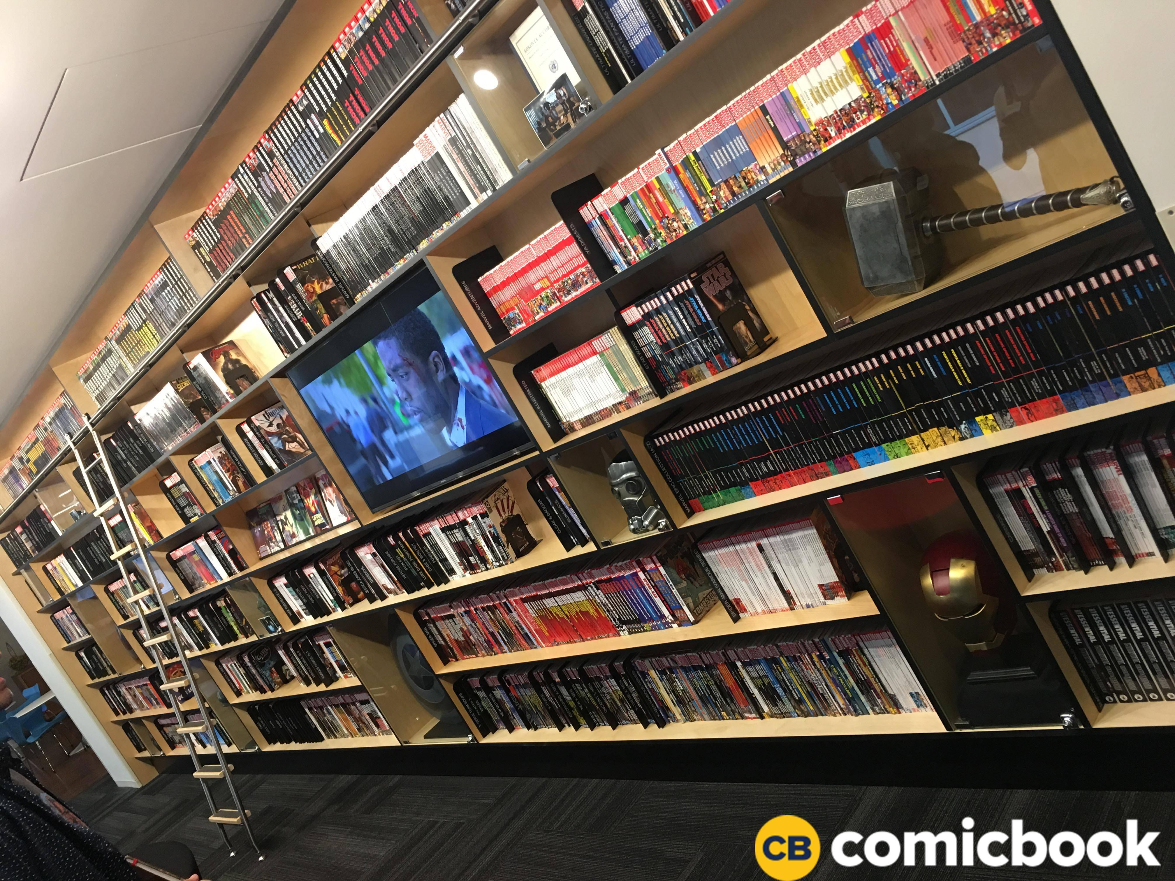 Marvel_Studios_Comic_Shelves
