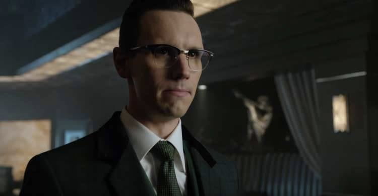 Gotham spring trailer reveals Bruce's Batman transformation