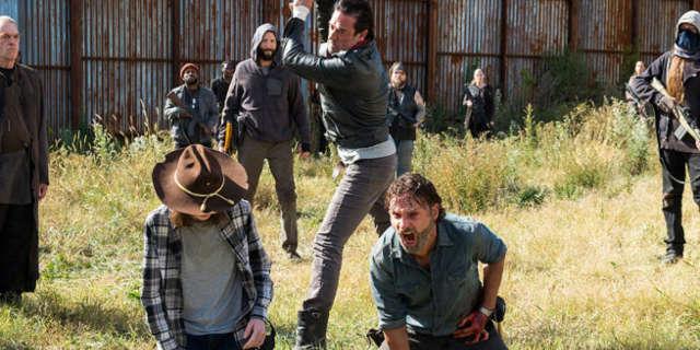 the walking dead season 7 finale shocking twist andrew lincoln rick grimes