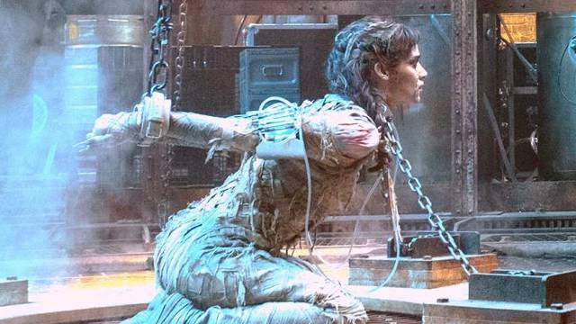 Sofia Boutella On Playing The Villain In Tom Cruise's The Mummy