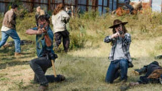 twd_carl_rick_shooting_716