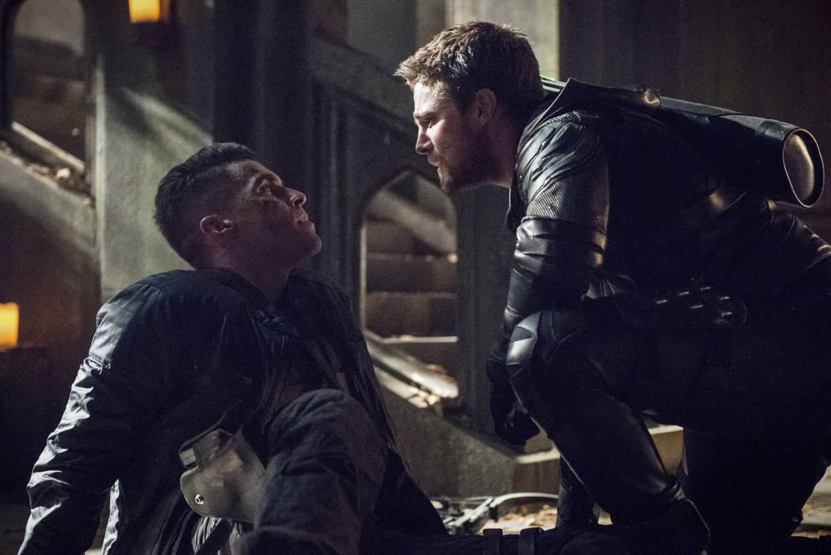 The Most Epic Battle Is Happening on 'Arrow's Season Finale Tonight!
