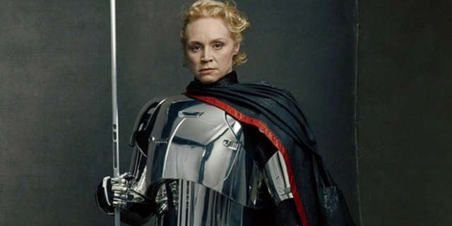 captain phasma gwendoline christie